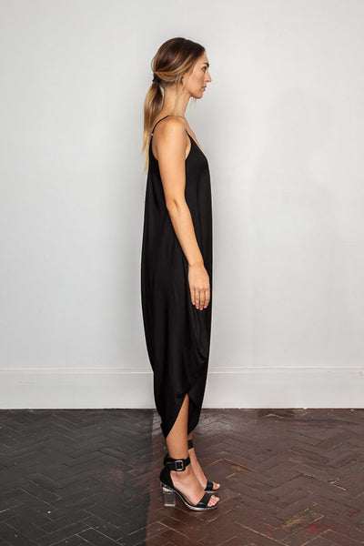 Women's-bamboo-maxi jumpsuit, one size fits all in Black side view.