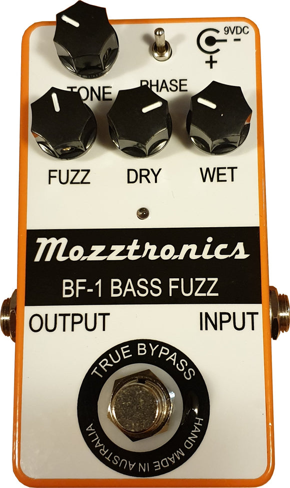MOZZTRONICS BASS FUZZ PEDAL WITHOUT POWER SUPPLY