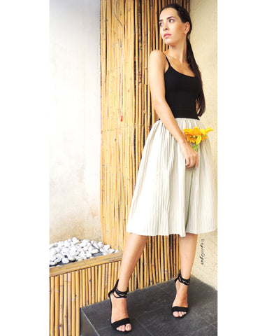 Pleat Leather Skirt in Ivory