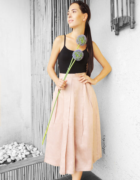 Midi Pleat Skirt in Pale Rose