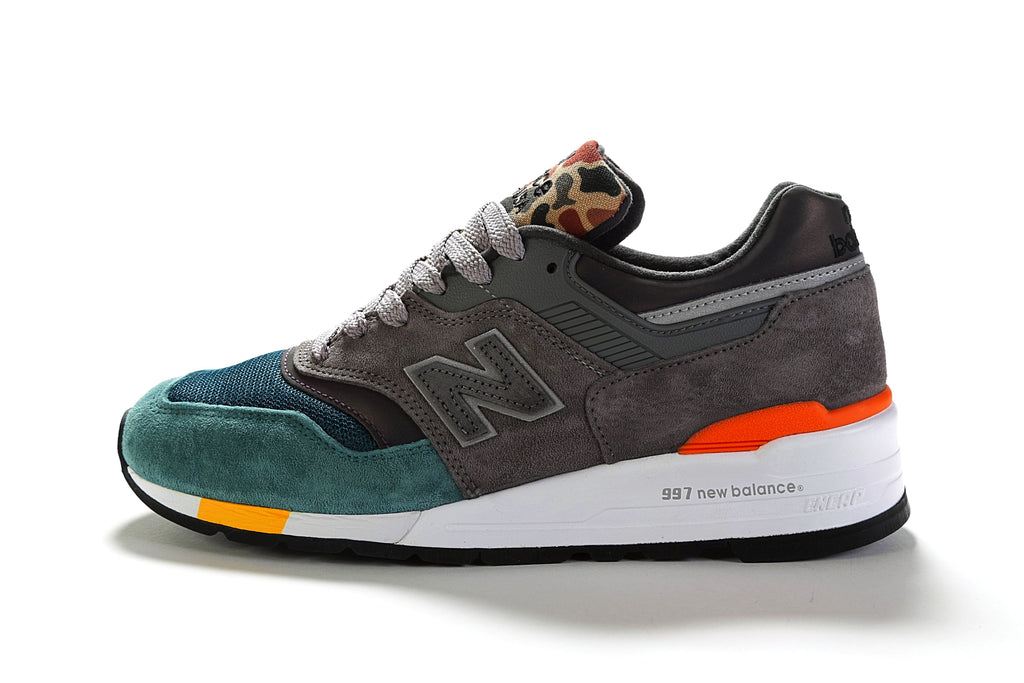 997 Suede (D) - Grey/Green