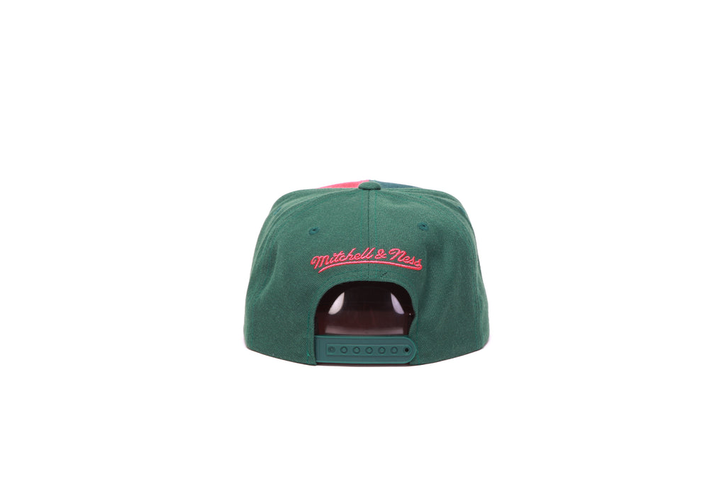 Green House Snapback - (Chicago Bulls) Green/Red