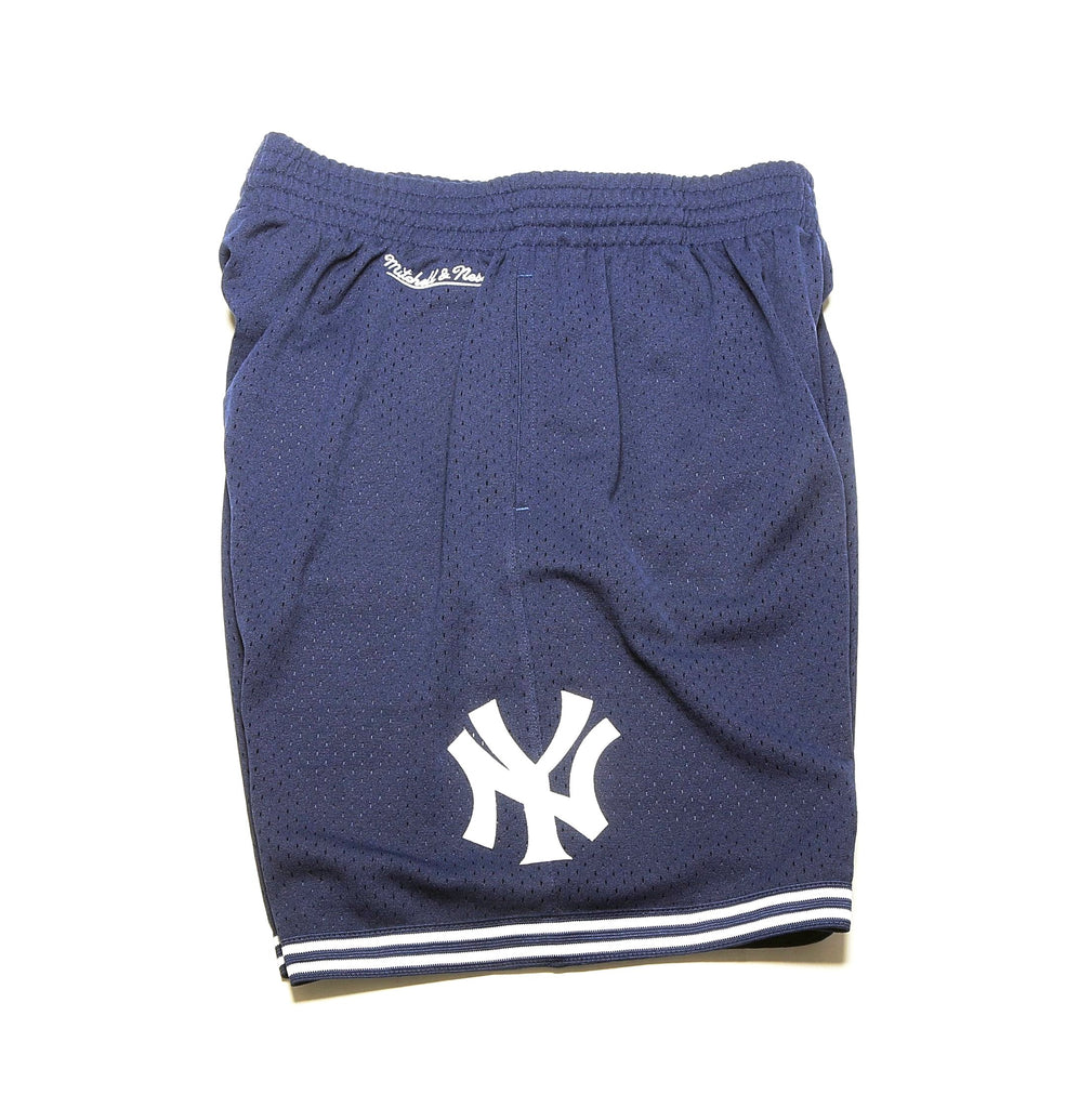 brand new 395b1 79810 MLB Swing for the Fence Shorts - (New York Yankees) Navy