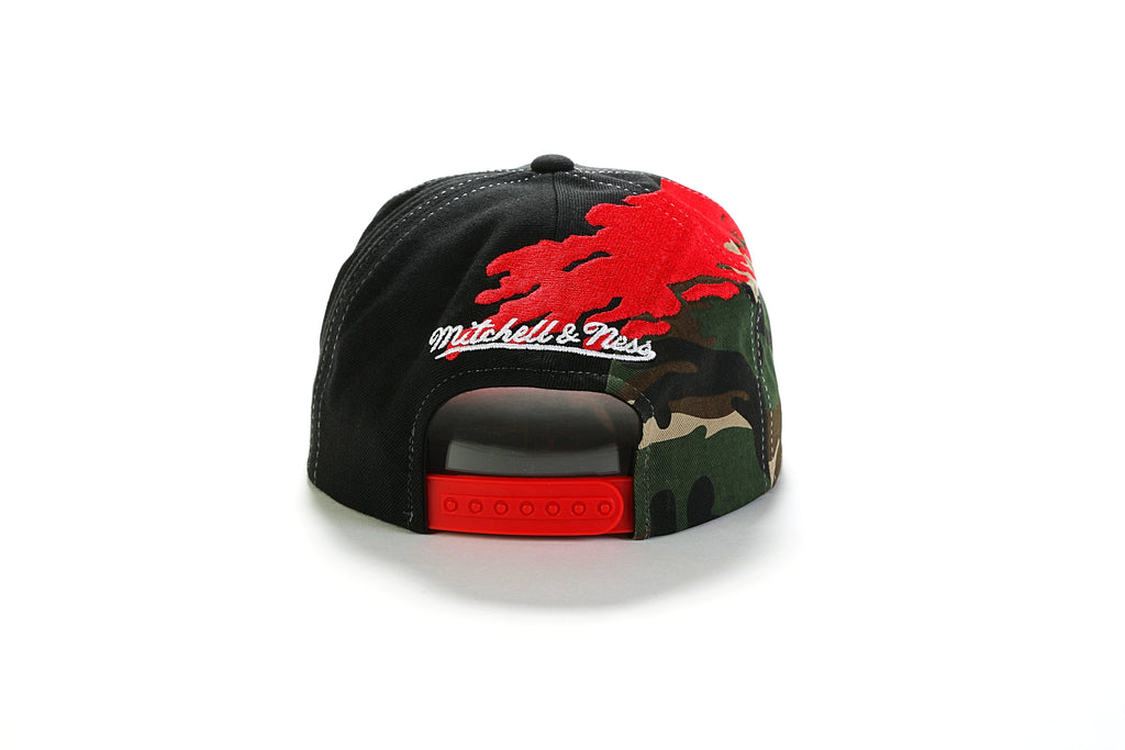 34e2374ce71 NBA Camo Paintbrush Snapback - (Chicago Bulls) Black Red – PRIME