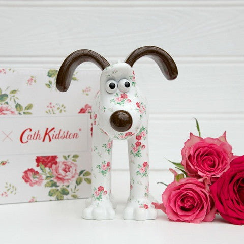 Antique Rose Gromit Unleashed Figurine by Cath Kidston. Front view. Floral figurine featuring popular rose print