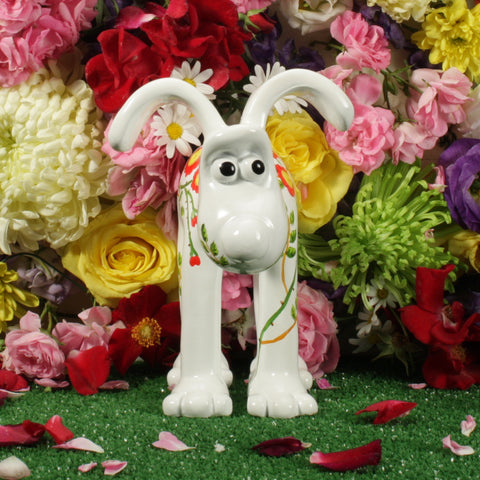 Dog Rose Gromit Figurine