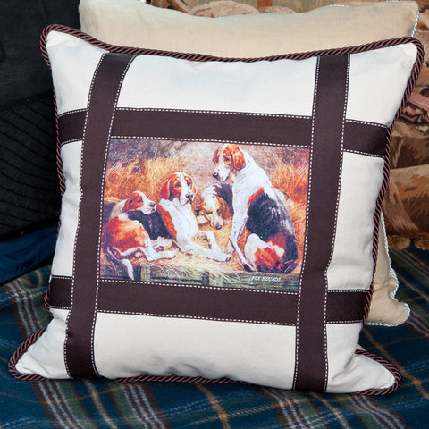 E22130 - Fox Hounds Pillow