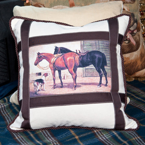 E22125 - Home From The Hunt Pillow