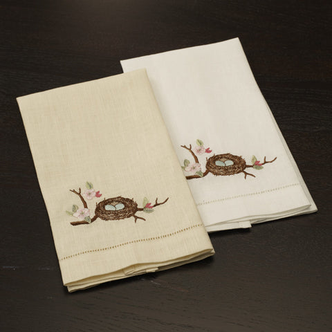 D71610 - Nesting Linen Collection