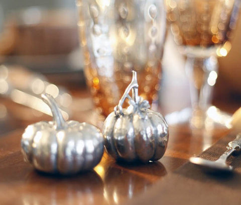 L01060 - Pumpkin Salt & Pepper Shakers