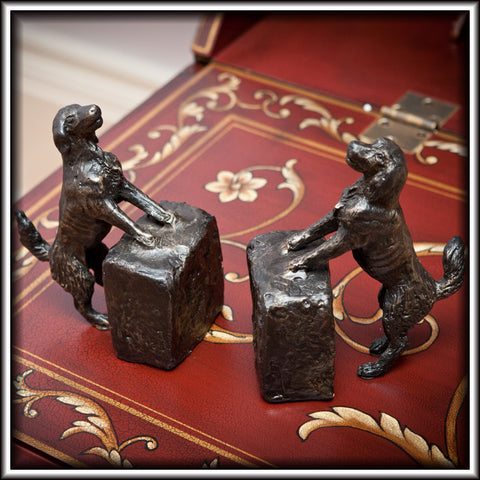 G82010 - Sporting Dog  Bookends