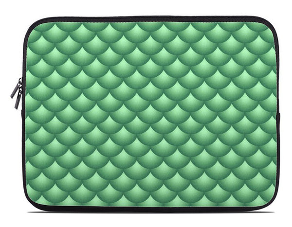 Fish Scales Print Laptop Cover in green