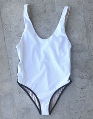 Palm Springs Full Piece in White Rib