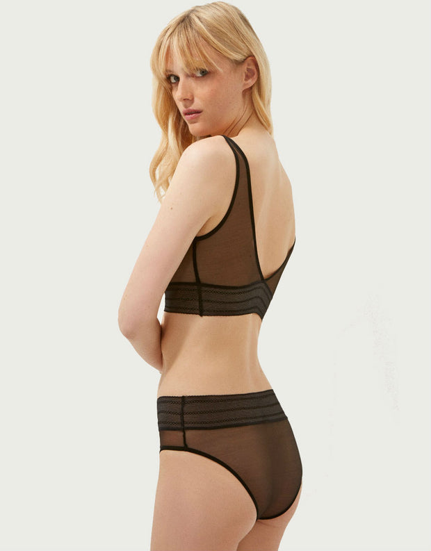 Else Lingerie Bare Soft Sporty Top in Black
