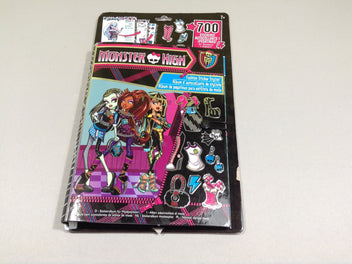 NEUF Album d'autocollants de styliste Monster High