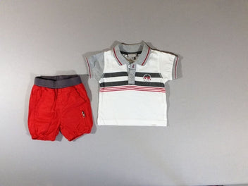 Polo m.c blanc rayé gris chiné + short rouge