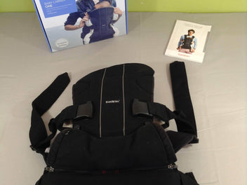 Babybjorn One noir, physiologique