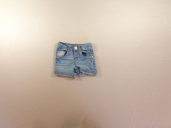 Short en jean clair à revers