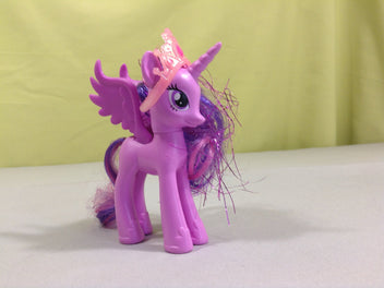 Figurine my little pony avec couronne , Twillight Sparkle