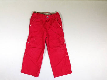Pantalon rouge retroussable