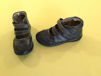 Chaussures bleues marine 6 1/2 (23)