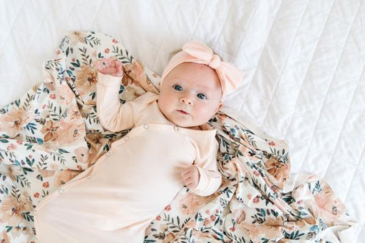 Copper Pearl Newborn Knotted Gown - Blush X002FR37WF