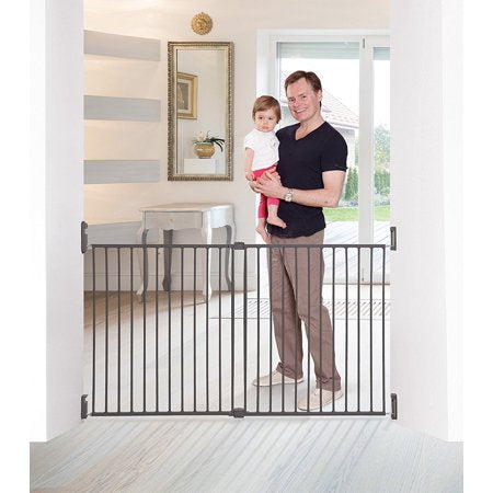 Dreambaby Broadway X-wide Gro Gate Charcoal L2116