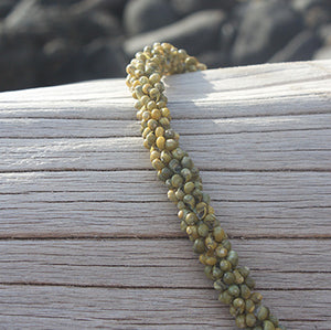 Green Mongo Shell Lei