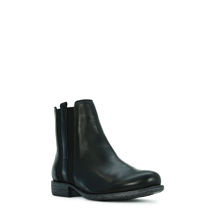 EOS Wilsh Black Boot