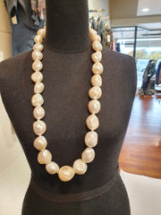 Kiwicraft Large Pearl Necklace
