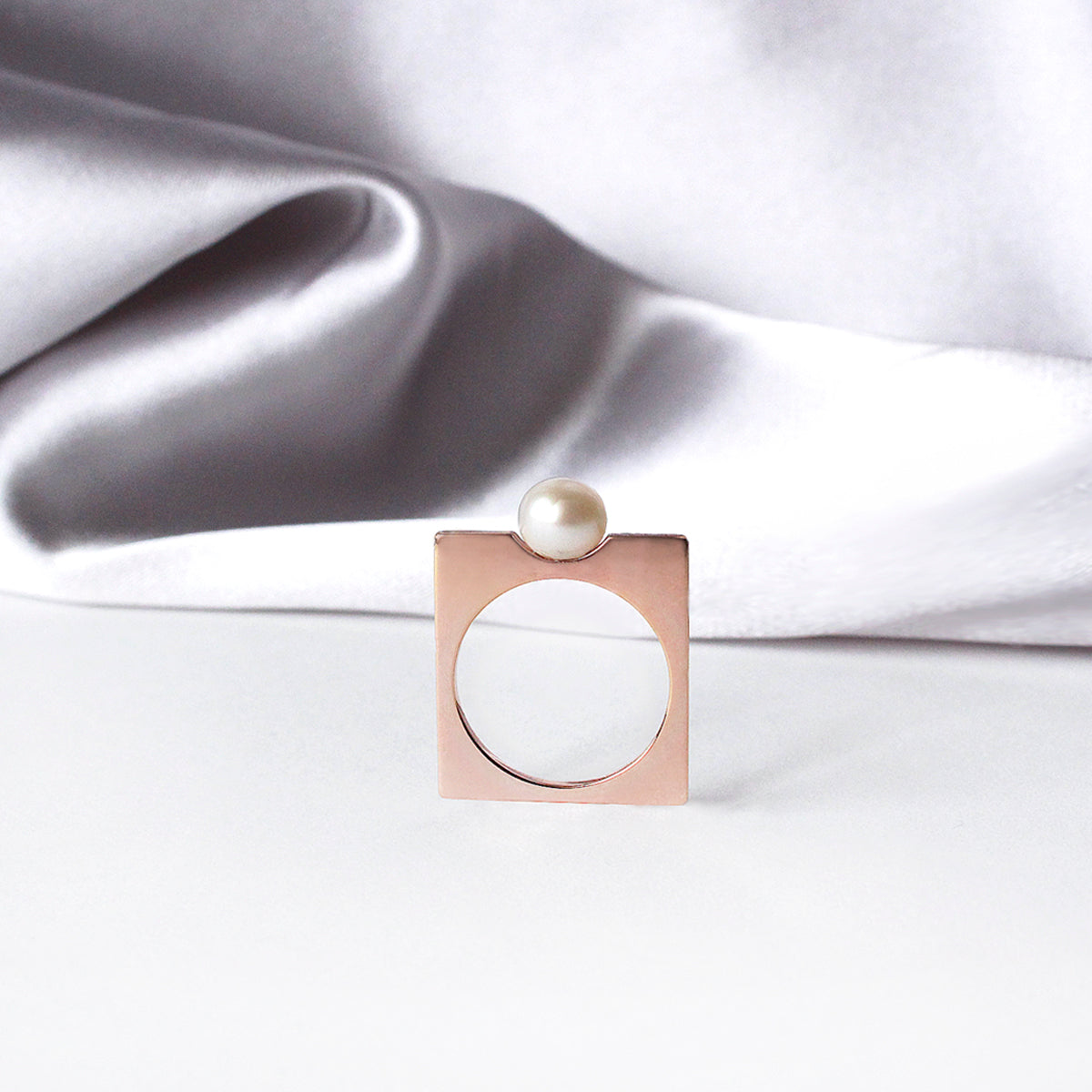 Renata Ring- 14k rose gold-plated.