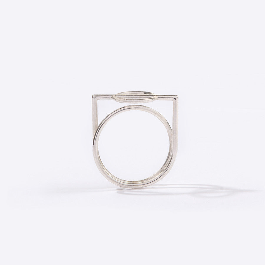 Metalepsis Mobius Ring in Silver