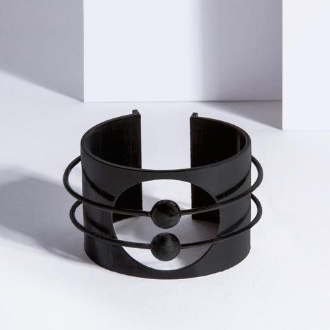 metalepsis matte black orbit cuff
