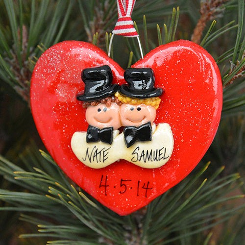 bride and groom ornament 1995 its one of the biggest days of their lives the lovebirds will adore this personalized ornament that will have them