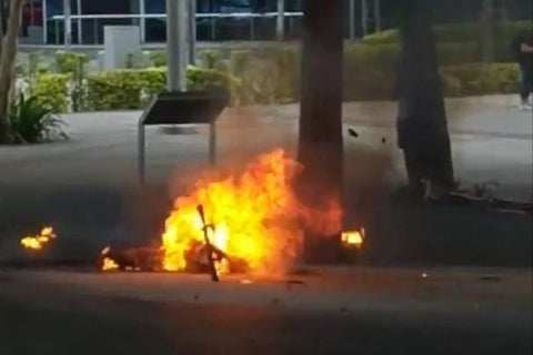E-scooter bursts into flames in Marina Boulevard, triggering small explosions
