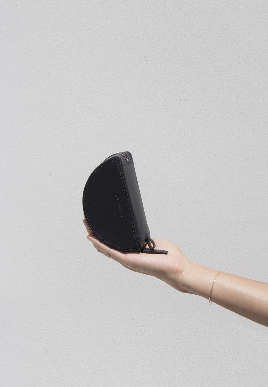 Crescent Pouch in Black