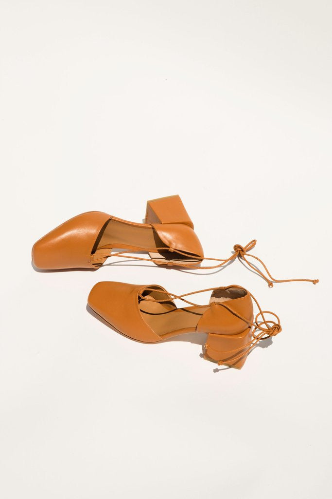 Lorente Heel in Camel by LoQ