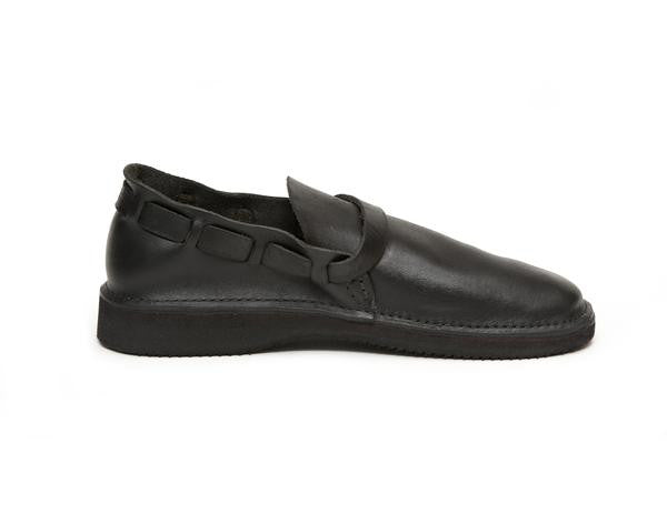 Aurora Shoe Co. - Women's Middle English (Black)