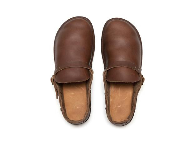 Aurora Shoe Co. - Women's Middle English (Brown)