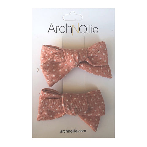 ARCH N OLLIE | August Linen Piggy Clips Peach Small Polka