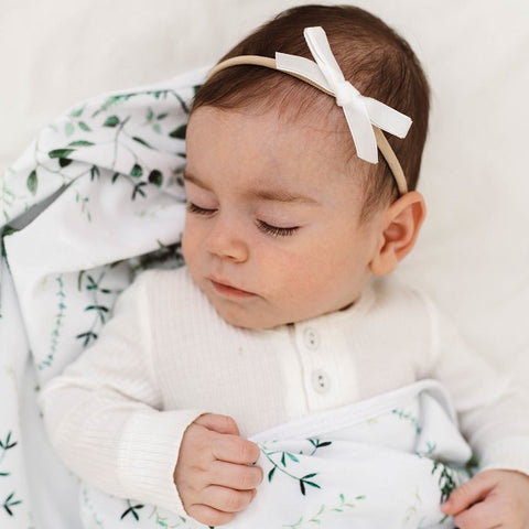 SNUGGLE HUNNY KIDS | White Velvet Bow