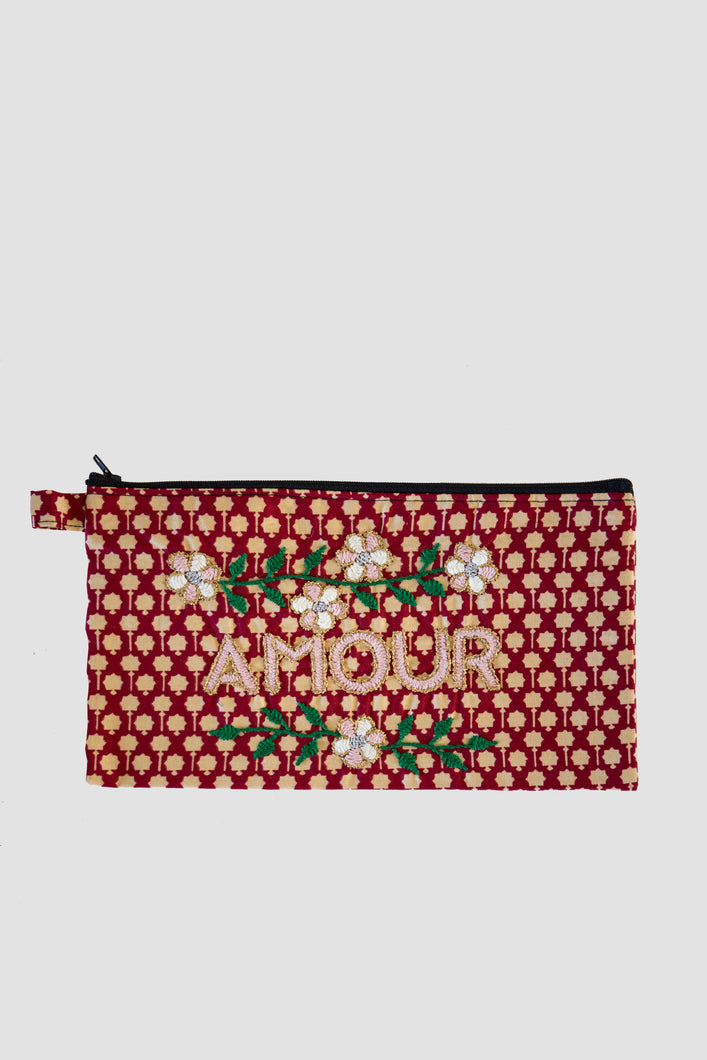 Amour Clutch