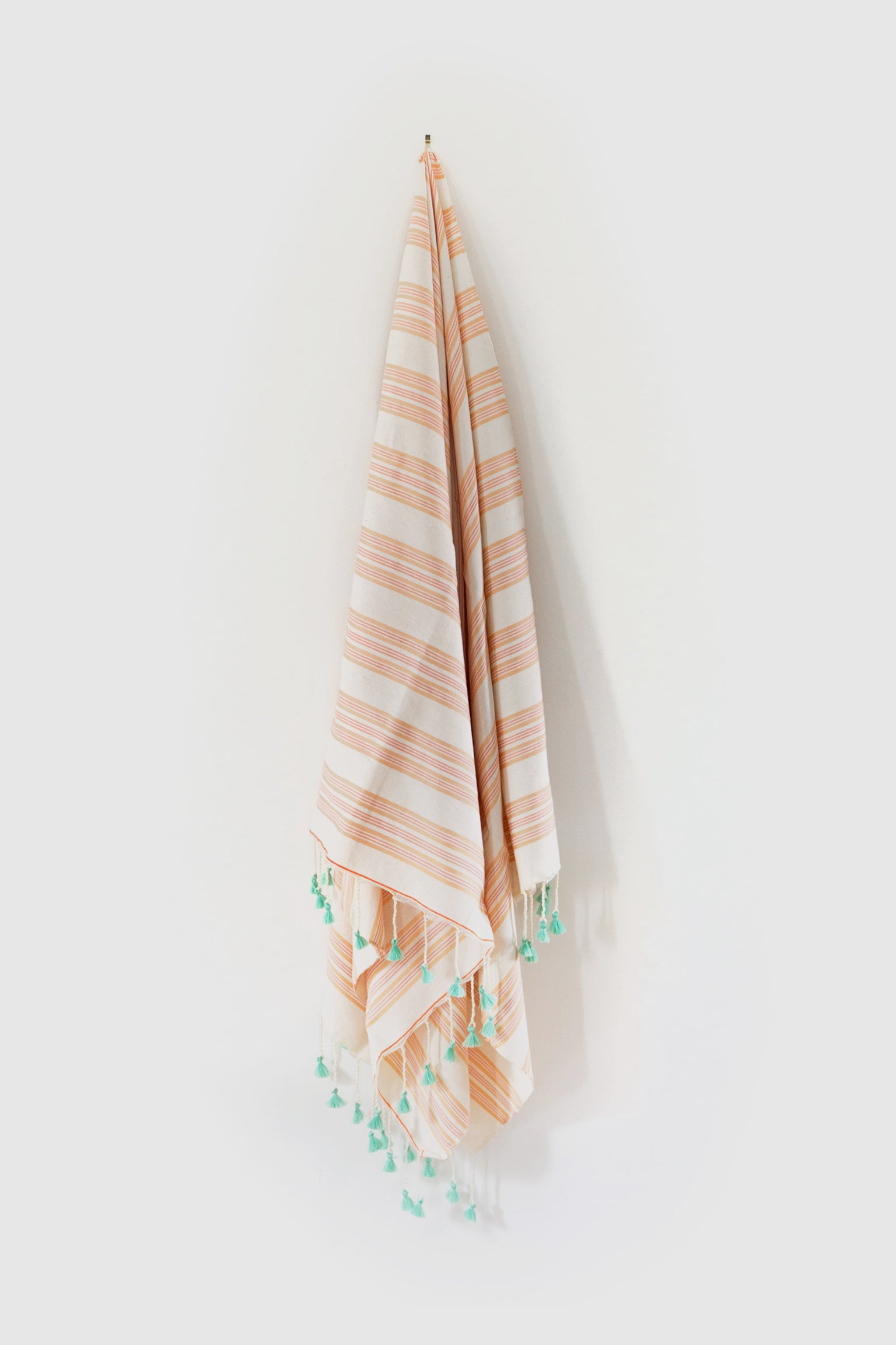 Artisan Project Pom Pom Towel