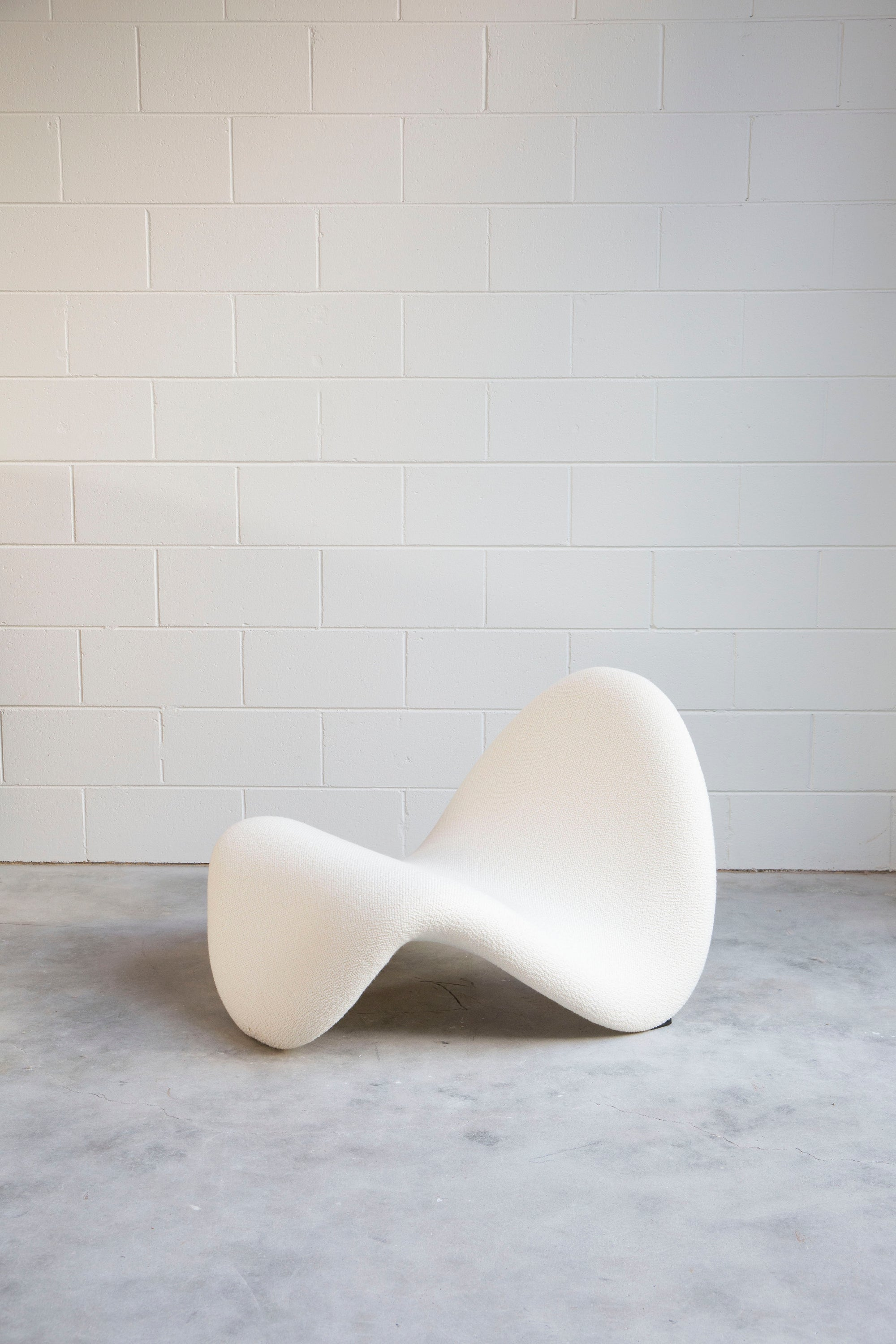 Pierre Paulin Tongue Chair
