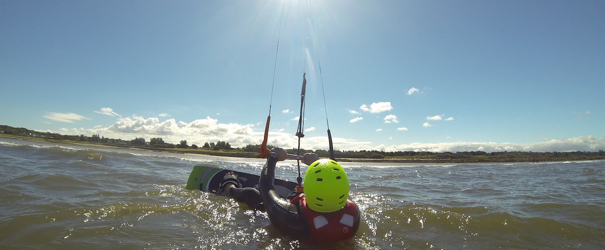 Kitesurfing Lessons Scotland, Kitesurfing School Edinburgh Glasgow Dundee Aberdeen Troon