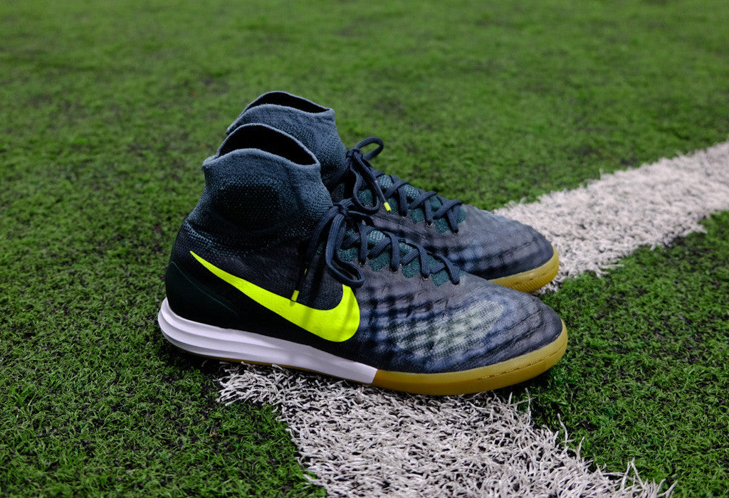 61a945ff373 ... coupon for nike magistax proximo ii ic seaweed volt a4562 751a0