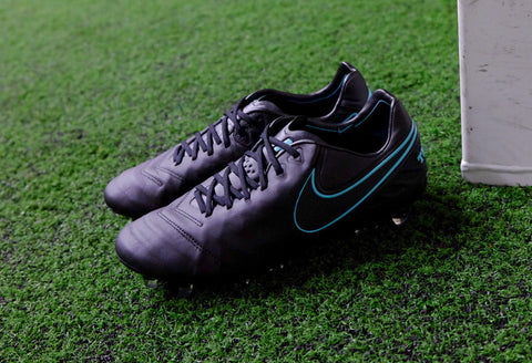 Nike Pitch Dark Pack