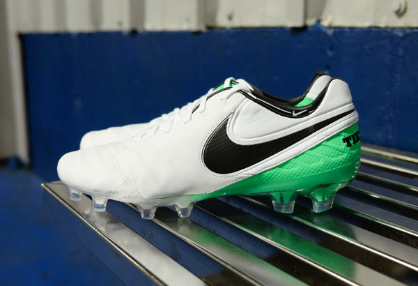 nike tiempo legend 6 white green