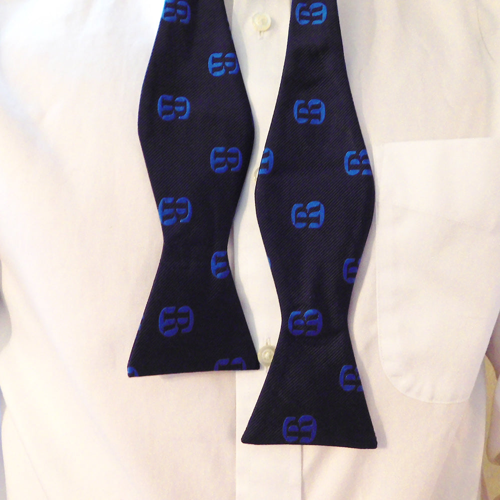Salve Regina University Bow Tie - SR Navy, Woven Silk - SummerTies
