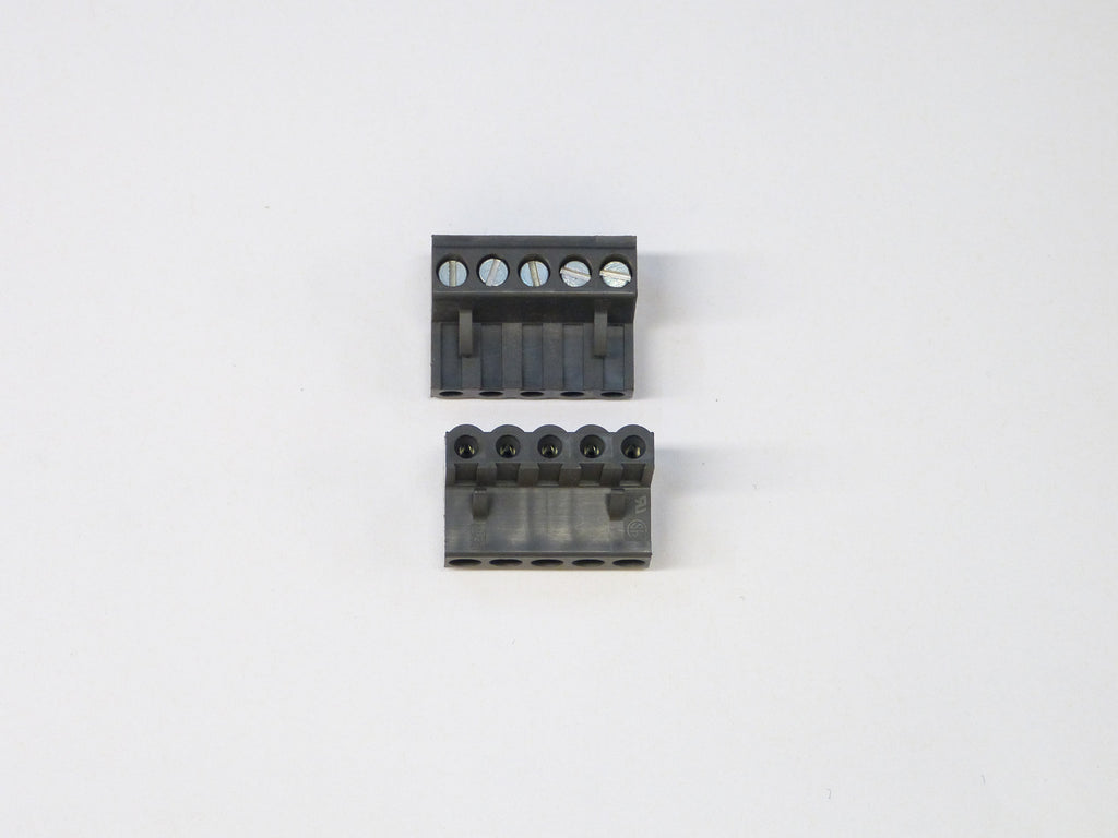 Plug Connector for Computer